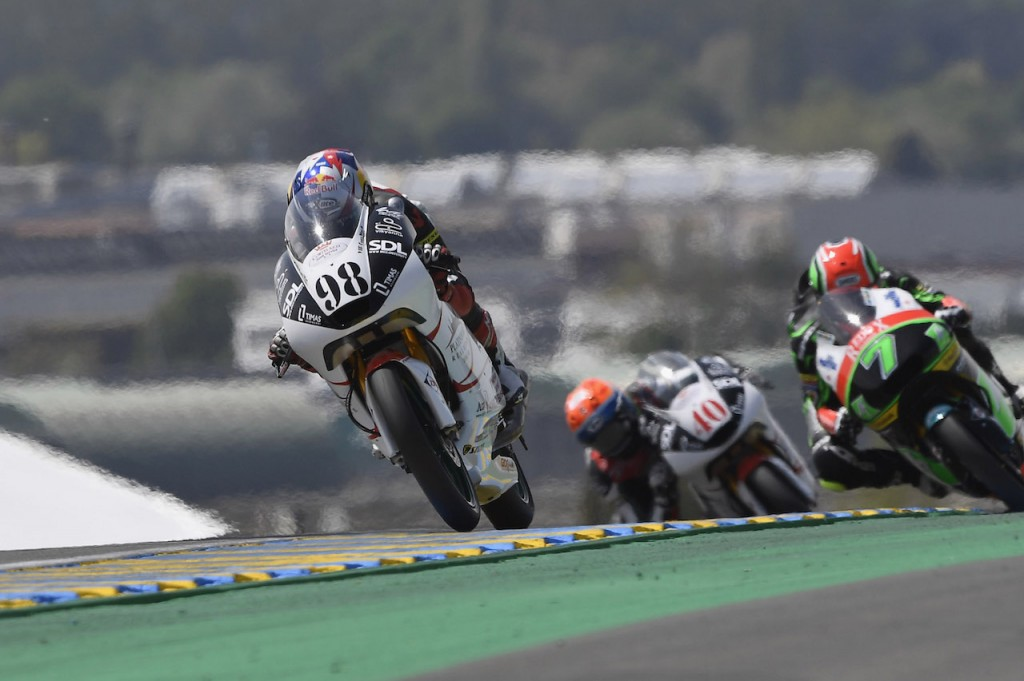 Sort oil en moto3