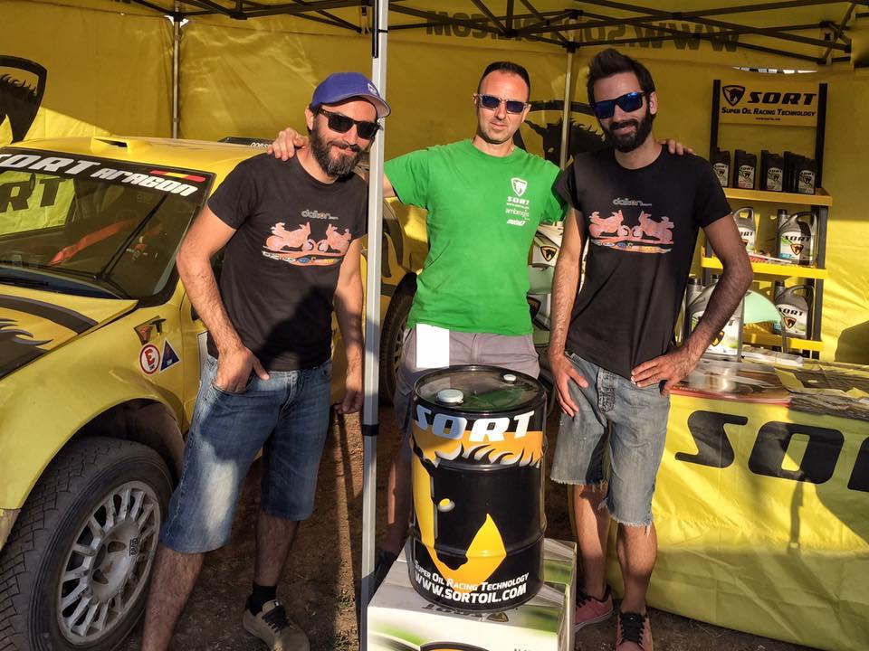 Team Dalton visitando nuestro stand en Motor Aventura