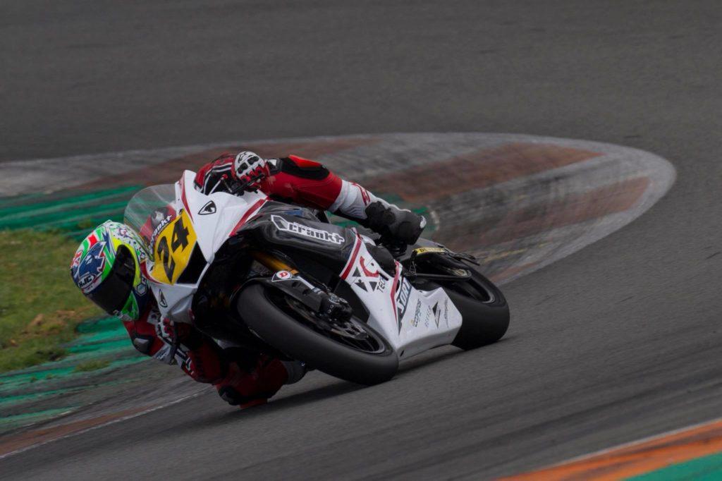 XC Tech Racing con lubricantes SORT