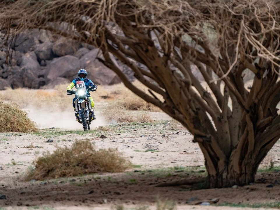 Dani Albero en el Dakar con SORT