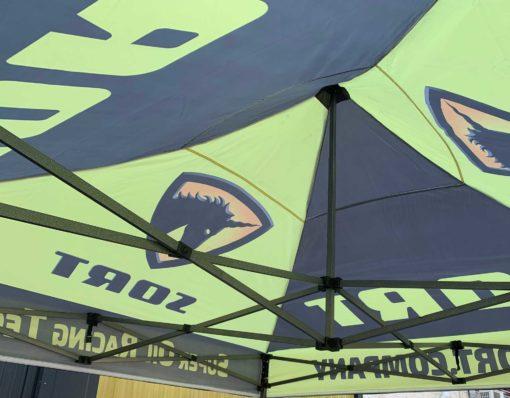 Detalle interior tienda-carpa Racing SORT